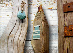 Jan Guest coastal art - garden totems